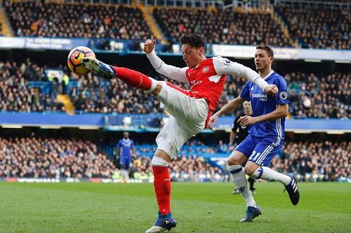 Mesut Özil - credits: ADRIAN DENNIS / AFP / picturedesk.com