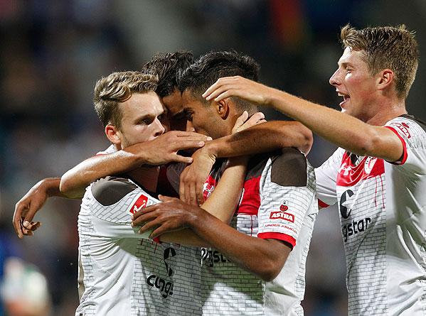 20170728_PD10141 (RM) Jubel FC St. Pauli © Roland Weihrauch / dpa / picturedesk.com