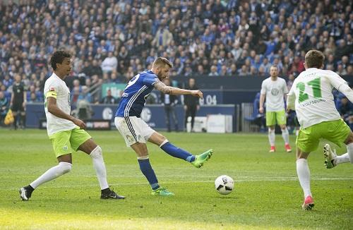 Guilio Donati vs Frankfurt - credits: Franz Waelischmiller / dpa Picture Alliance / picturedesk.com