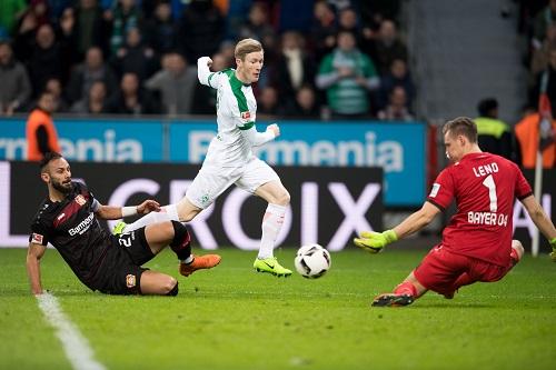 Florian Kainz vs Leverkusen - credits: Marius Becker / dpa / picturedesk.com