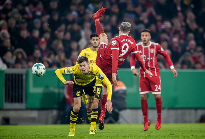 20171220_PD8387 (RM) Bayern Dortmund Thomas Eisenhuth / dpa / picturedesk.com