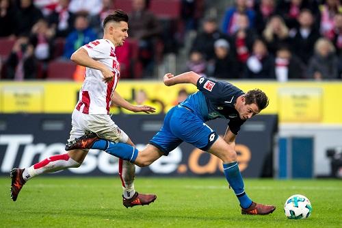 Uth vs Olkowski - © Marius Becker / dpa / picturedesk.com