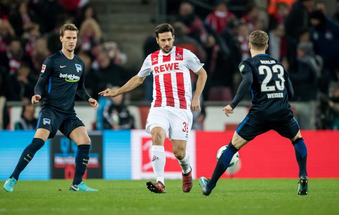 Pizarro vs Hertha - © Thomas Eisenhuth / dpa / picturedesk.com