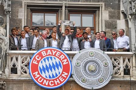 Bild zeigt die Meisterfeier vom FC Bayern © Frank Hoermann / dpa Picture Alliance / picturedesk.com